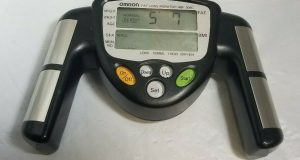 OMRON Fat Loss Monitor HBF-306CN (HBF-306-Z5) EUC Track Body Fat