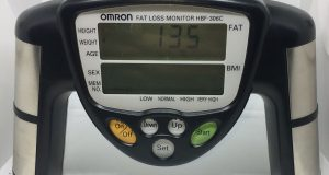 Omron Fat Loss Monitor HBF-306CN, Handheld Battery-Powered Fat BMI Black -Tested